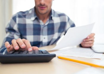 Finanças para autônomos: como economizar para comprar a seu imóvel?
