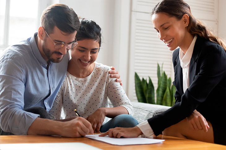 A aquisição de uma casa ou um apartamento novo pelo programa